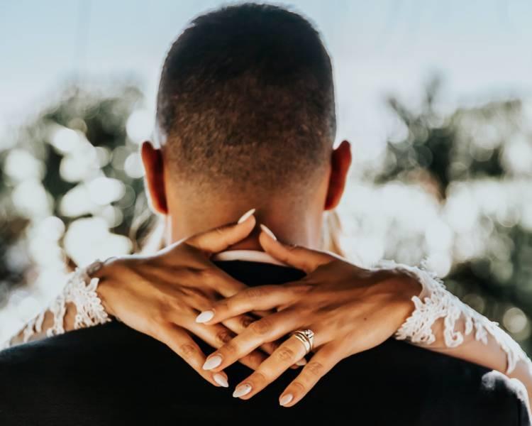 10 Diamond Alternatives for Engagement Rings