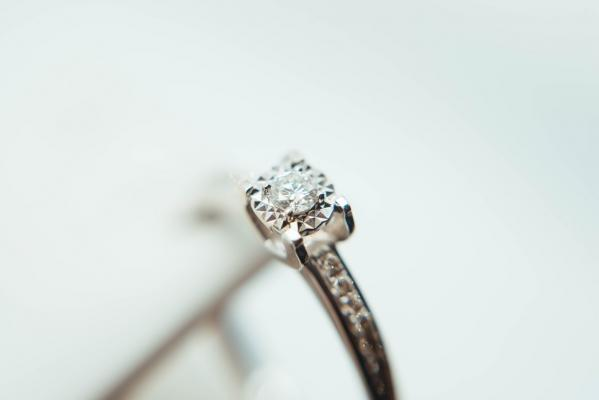 Popular Jewellery FAQs: Answered By A Jewellery Expert