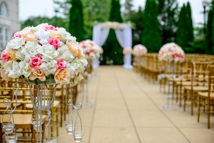 The Ultimate 12 Month Wedding Planning Timeline