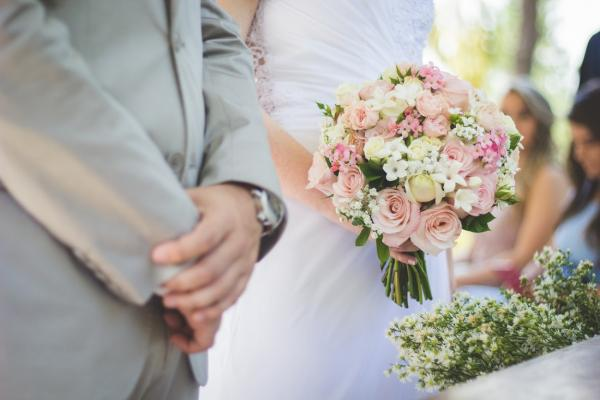 Wedding Jewellery Trends: A Guide For The Bride & Groom