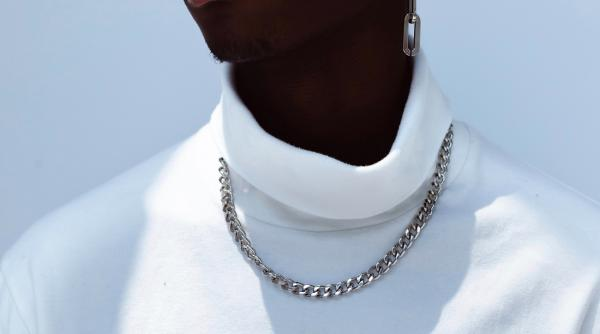Men's Jewellery: How to Choose and Style a Gold Chain