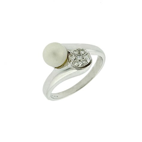 Pre-Owned 14ct White Gold 0.35ct Diamond & Pearl Dress Ring