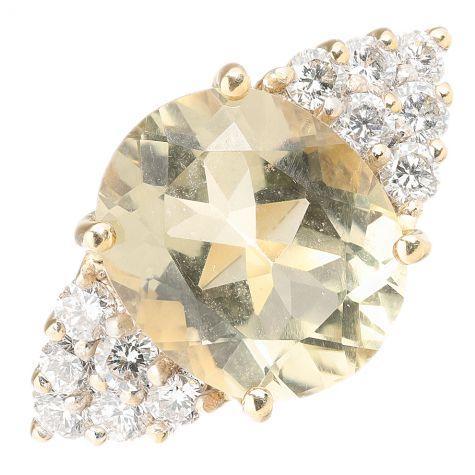 Pre-Owned 18ct Gold 4.50ct Quartz & Diamond Cocktail Dress Ring