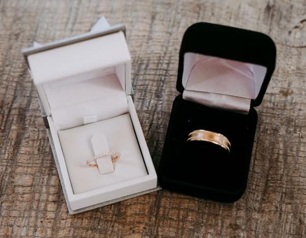 How to Look After and Care for Your Gold Jewellery